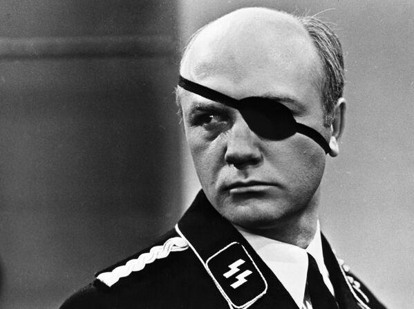 Еще одна знаменитая роль Куравлева - фашистский офицер Айсман в легендарном сериале Семнадцать мгновений весны. - Sputnik Беларусь
