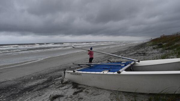Побережье Флориды в ожидании урагана Мэтью - Sputnik Беларусь