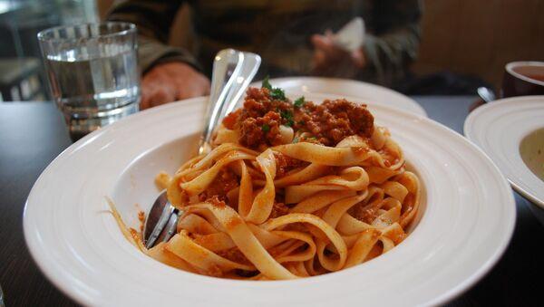 Спагетти с соусом болоньезе, архивное фото - Sputnik Беларусь
