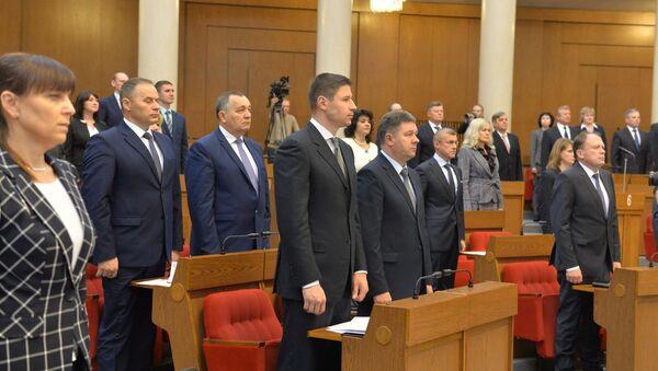 Беларускія дэпутаты на адкрыці сесіі парламента - Sputnik Беларусь