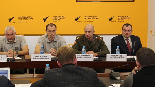 Круглы стол па аказанні першай дапамогі - Sputnik Беларусь