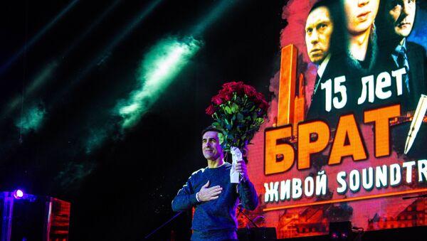 Вячаслаў Бутусаў - у гэты дзень ён адзначаў сваё 55-годдзе - Sputnik Беларусь