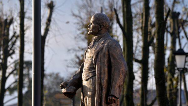 Памятник Ленину, архивное фото - Sputnik Беларусь