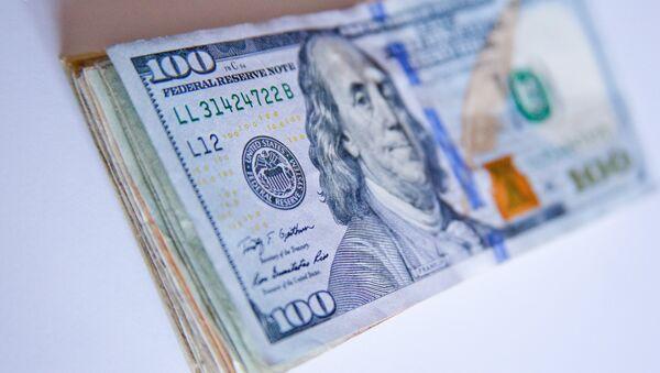 Доллары в конверте - Sputnik Беларусь