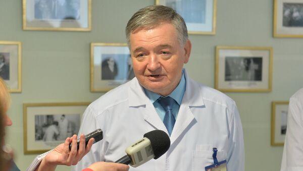 Директор РНПЦ Кардиология Александр Мрочек - Sputnik Беларусь