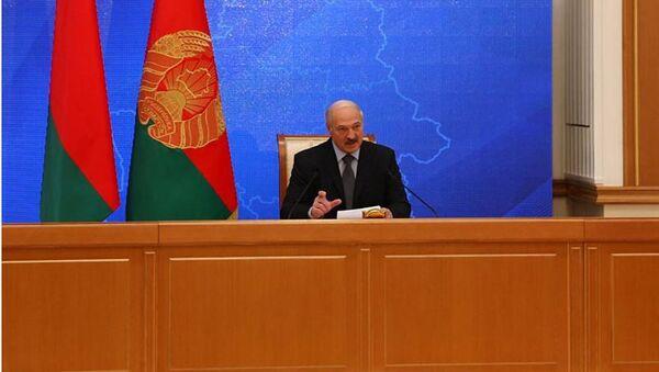 Лукашэнка на прэс-канферэнцыі 17 лістапада - Sputnik Беларусь