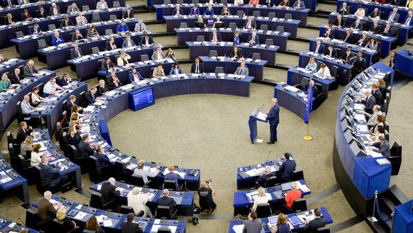 Флаг ЕС в Европарламенте - Sputnik Беларусь