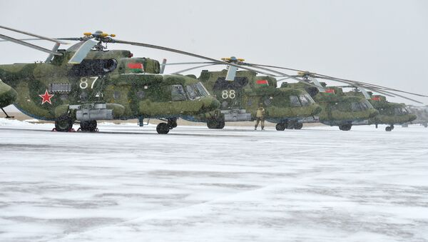 Вертолеты Ми-8 МТБ-5 - Sputnik Беларусь