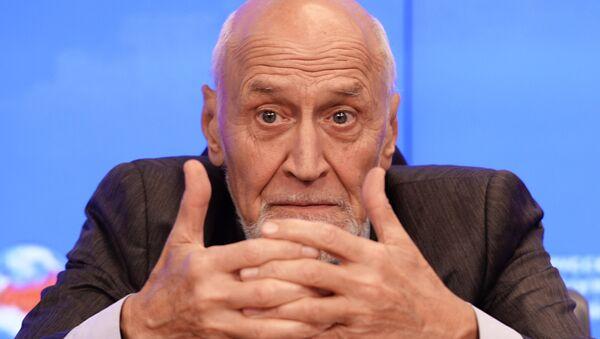 Телеведущий Николай Дроздов - Sputnik Беларусь