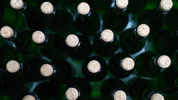 Бутэлькі з шампанскім, архіўнае фота - Sputnik Беларусь