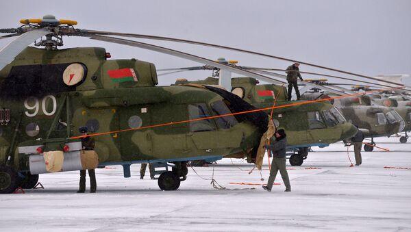 Техники 50-й смешанной авиационной базы - Sputnik Беларусь