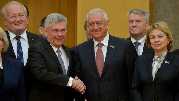 Руководители верхних палат парламентов Беларуси и Польши - Sputnik Беларусь
