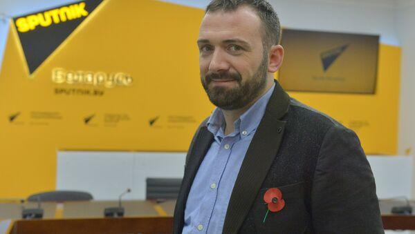 Мігрант з Вялікабрытаніі Дарэн Бус - Sputnik Беларусь