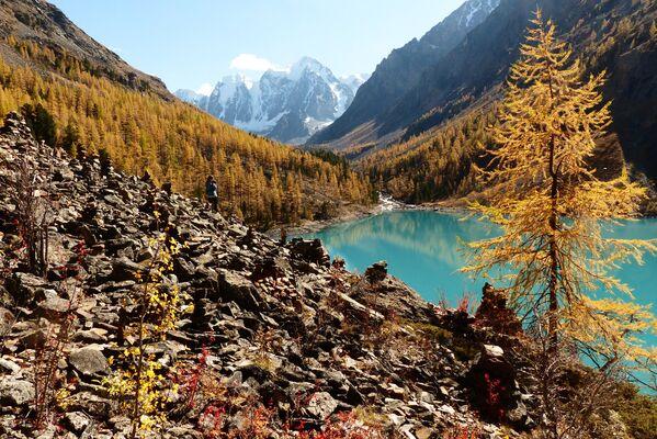 Нижнее Шавлинское озеро в Кош-Агачском районе Республики Алтай. - Sputnik Беларусь