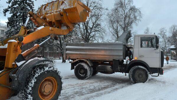Уборка снега в Минске - Sputnik Беларусь