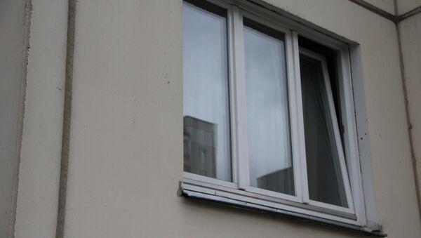 Окно в многоквартирном доме - Sputnik Беларусь