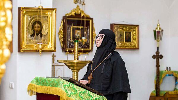 Настоятельница Cвято-Ксениевского монастыря матушка Василиcса - Sputnik Беларусь