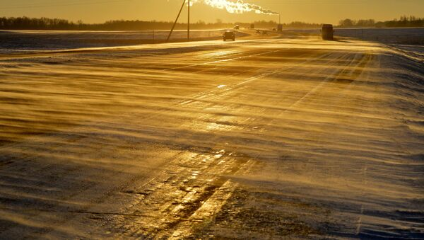 Ненастье на трассе М1 - Sputnik Беларусь