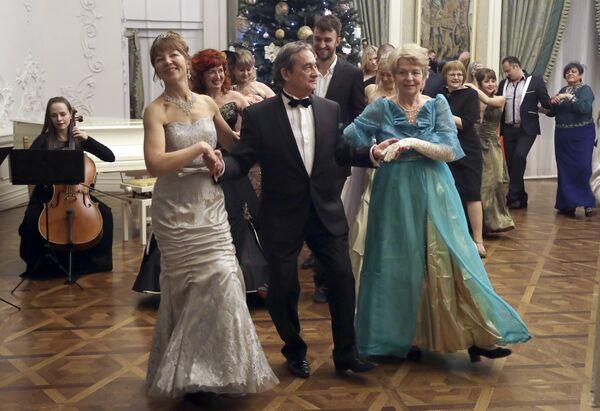 Пад час балю можна атрымаць майстар-класы ад прафесіяналаў і, вядома ж, прадэманстраваць сваё танцавальнае майстэрства. - Sputnik Беларусь