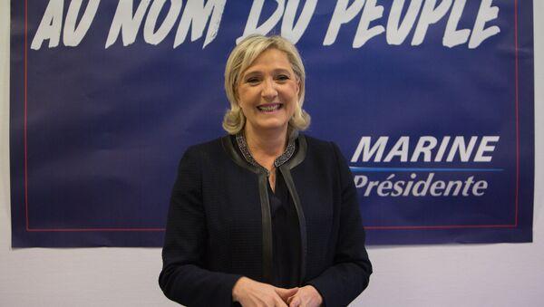 Лидер французской партии Национальный фронт Марин Ле Пен - Sputnik Беларусь