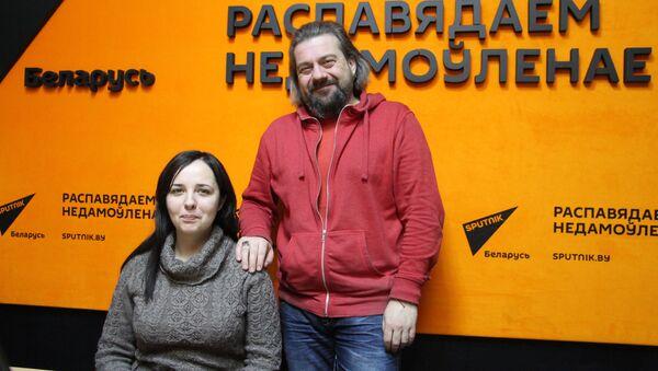 Юлія Хвошч і Аляксандр Крывашэеў у студыі радыё Sputnik Беларусь - Sputnik Беларусь