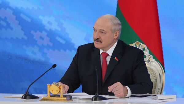 Президент Беларуси Александр Лукашенко проводит встречу с представителями общественности, белорусских и зарубежных СМИ - Sputnik Беларусь