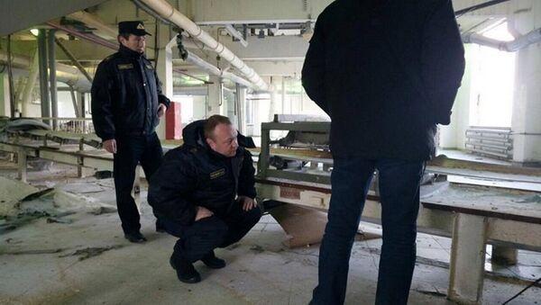 Работа представителей СК на месте взрыва на Скидельском сахарном комбинате - Sputnik Беларусь