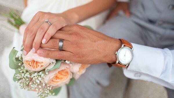 Молодожены на свадьбе - Sputnik Беларусь