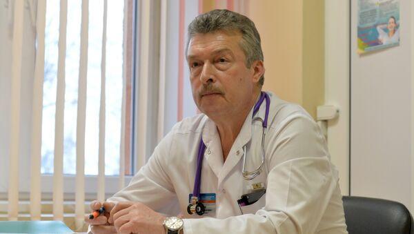 Заведующий приемным отделением 3-й детской больницы Дмитрий Чеснов - Sputnik Беларусь