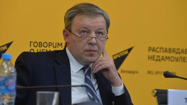 Эксперт по безопасности Александр Тищенко - Sputnik Беларусь