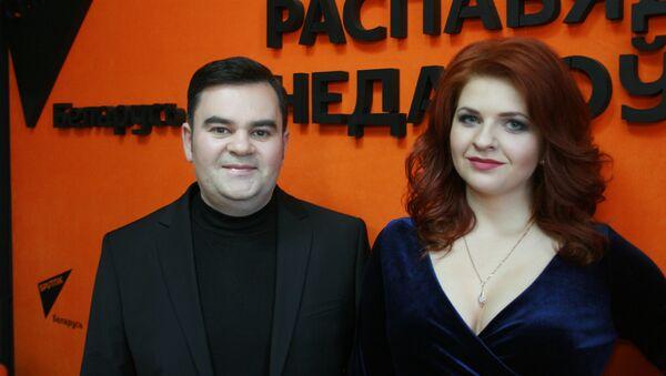 Спявачка Анастасія Лейкіна і прадзюсар Вадзім Рузаў - Sputnik Беларусь