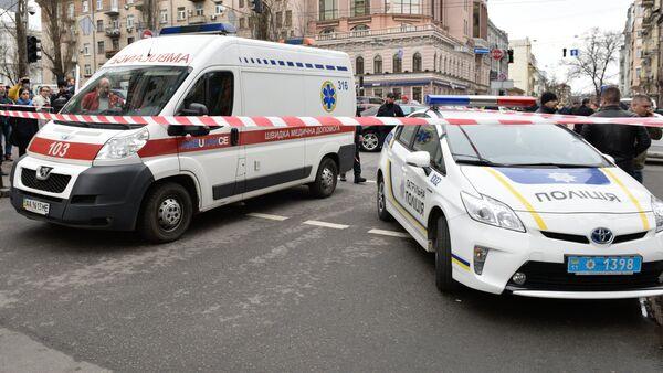 Автомобили экстренных служб на месте убийства бывшего депутата Госдумы РФ Дениса Вороненкова - Sputnik Беларусь