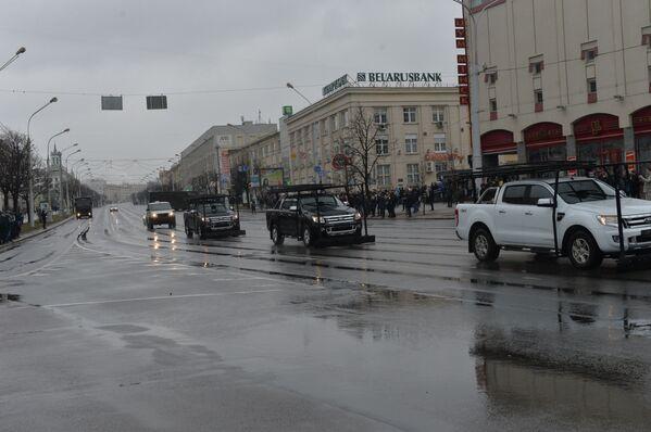 В День Воли ГАИ на проспект Независимости пропускала только спецтранспорт - Sputnik Беларусь