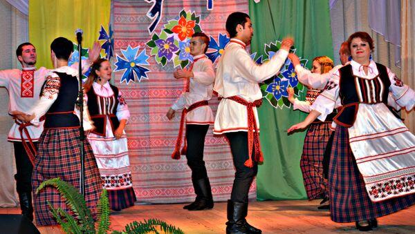 Танцавальны гурт Разгуляй - Sputnik Беларусь