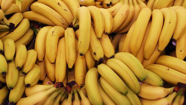 Связки с бананами, архивное фото - Sputnik Беларусь