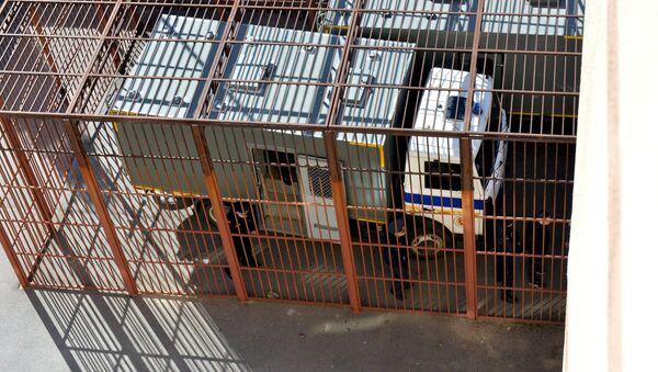 Автозак возле Дома правосудия - Sputnik Беларусь