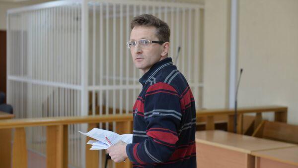 Алесь Логвинец в зале суда - Sputnik Беларусь
