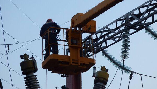 Восстановительные работы на ЛЭП - Sputnik Беларусь