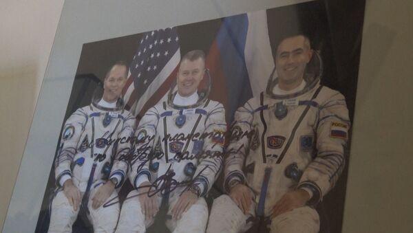 Чтобы вернулся невредимым: дети отправили послание Новицкому на МКС - Sputnik Беларусь