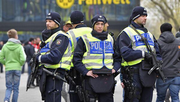 Немецкая полиция работает на первом матче четвертьфинала Лиги чемпионов между Боруссией и Монако - Sputnik Беларусь