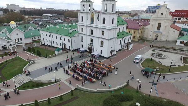 Відэафакт: званы і кулічы на галоўнае свята хрысціян - Sputnik Беларусь