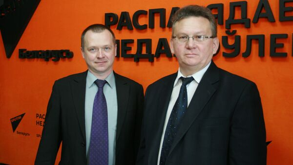 Представители Департамента по ликвидации последствий катастрофы на ЧАЭС Игорь Семененя и Дмитрий Павлов - Sputnik Беларусь