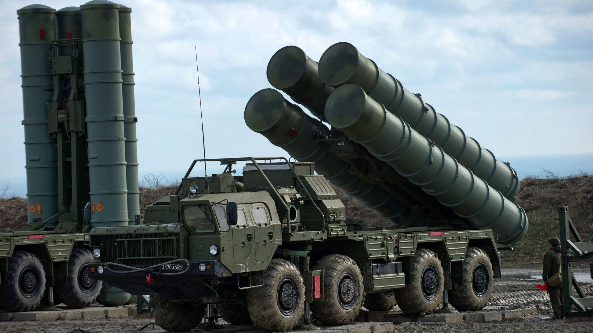 Зенітны ракетны комплекс С-400 Трыумф, архіўнае фота - Sputnik Беларусь, 1920, 13.09.2021