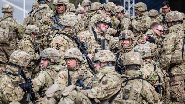 Солдаты НАТО, архивное фото - Sputnik Беларусь