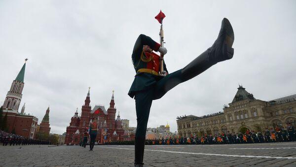 Военный парад, посвящённый 72-й годовщине Победы в ВОВ - Sputnik Беларусь