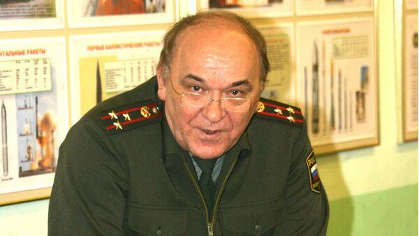 Российский эксперт, военный обозреватель газеты Комсомольская правда, полковник Виктор Баранец - Sputnik Беларусь
