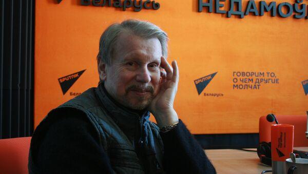 Заслуженный артист Беларуси, солист ансамбля Песняры Анатолий Кашепаров - Sputnik Беларусь