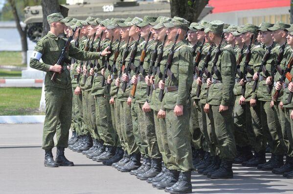 Подготовка к параду 3 июля - Sputnik Беларусь