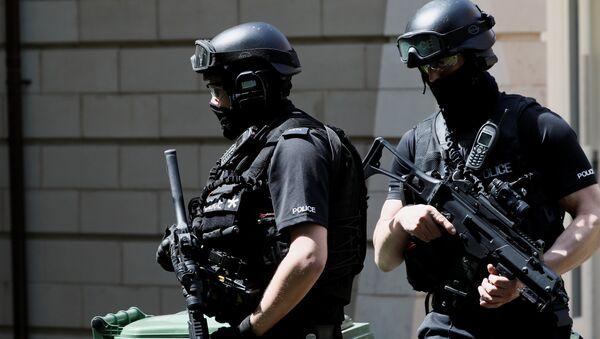 Полиция Манчестера после теракта на концерте Арианы Гранде - Sputnik Беларусь