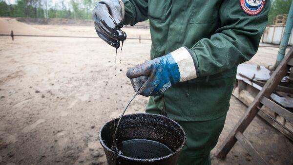 Здабыча нафты - Sputnik Беларусь